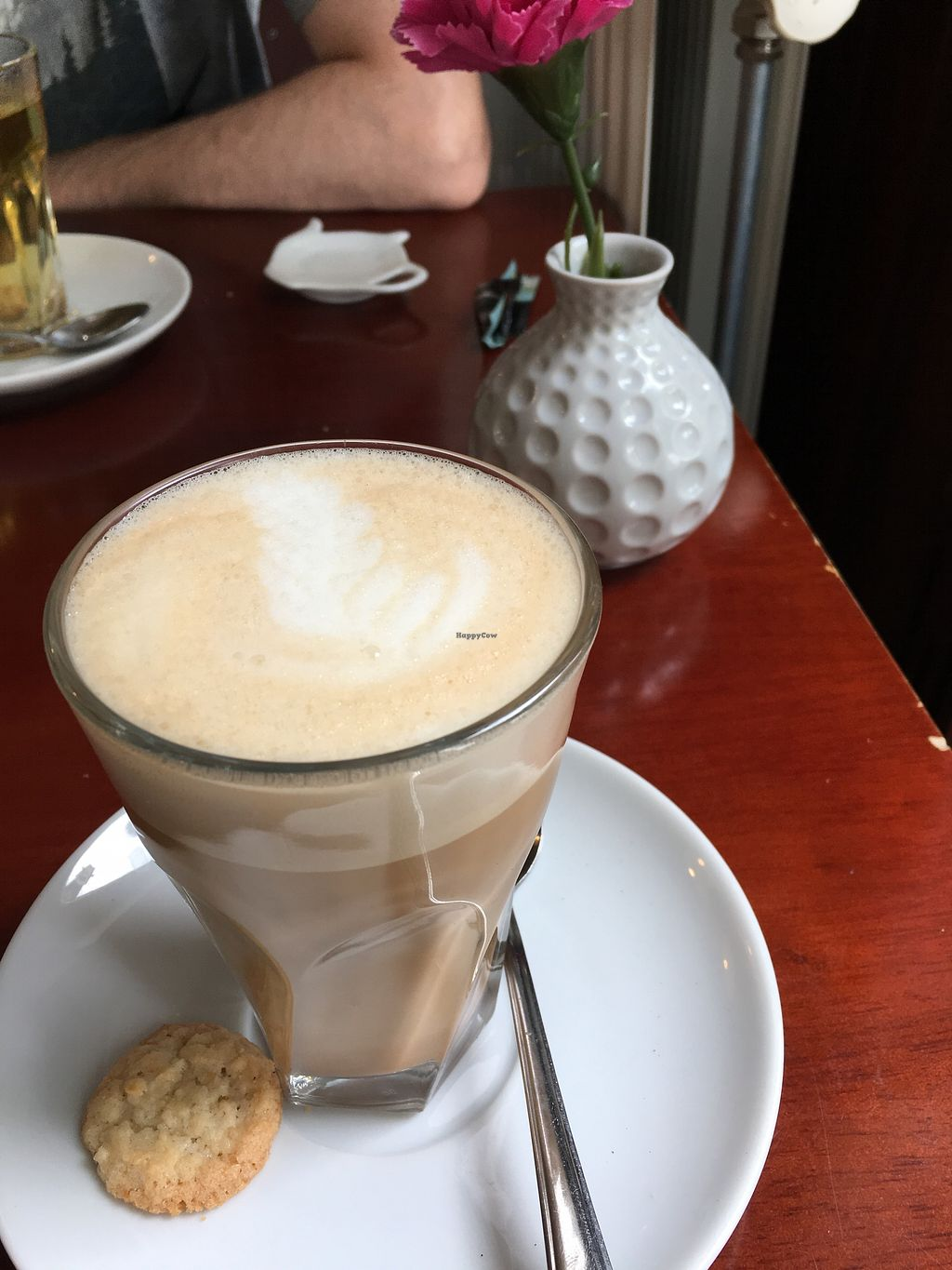 """Photo of Koffie ende Koeck  by <a href=""""/members/profile/vegan%20frog"""">vegan frog</a> <br/>Lemongrass chai latte <br/> July 1, 2017  - <a href='/contact/abuse/image/46128/275698'>Report</a>"""