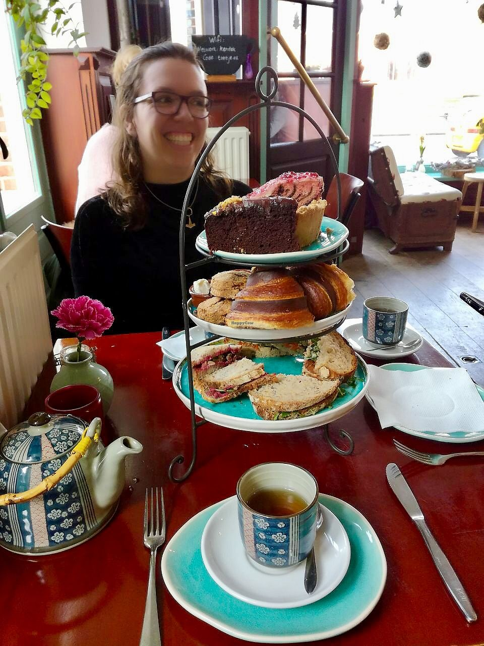 """Photo of Koffie ende Koeck  by <a href=""""/members/profile/happyowl"""">happyowl</a> <br/>High tea <br/> May 23, 2018  - <a href='/contact/abuse/image/46128/403892'>Report</a>"""