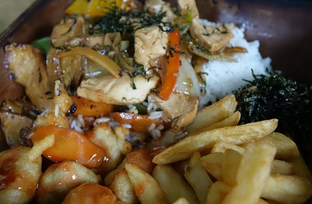 """Photo of Great Wall  by <a href=""""/members/profile/Jamal"""">Jamal</a> <br/>vegan """"chicken"""" balls, satay """"chicken"""" curry, chips and rice, delicious vegan take away from great wall in norwich <br/> June 4, 2016  - <a href='/contact/abuse/image/46184/152248'>Report</a>"""