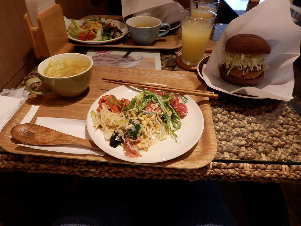 """Photo of LOVE Pacific Cafe  by <a href=""""/members/profile/CarlosGP"""">CarlosGP</a> <br/>The set menu with veggie burger <br/> June 22, 2015  - <a href='/contact/abuse/image/46216/106838'>Report</a>"""