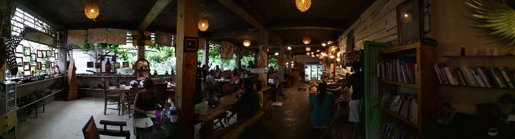 "Photo of 9 Warung  by <a href=""/members/profile/happytina"">happytina</a> <br/>pano <br/> October 25, 2016  - <a href='/contact/abuse/image/46293/184332'>Report</a>"