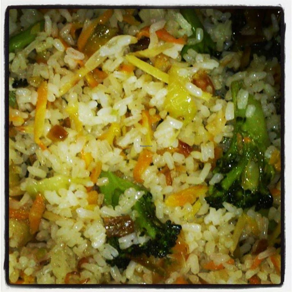 """Photo of El Rastrel Etic Cafe  by <a href=""""/members/profile/community"""">community</a> <br/>Vegetable fried rice with ginger and sesame <br/> May 23, 2014  - <a href='/contact/abuse/image/46304/70600'>Report</a>"""