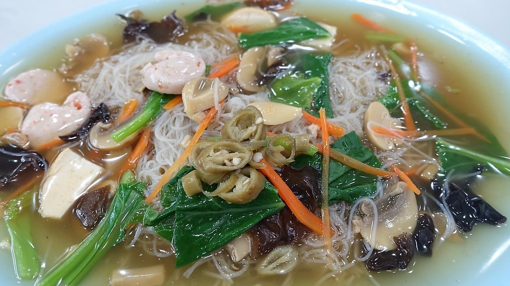 """Photo of Eight Immortals Vegetarian Stall- Boon Lay Place  by <a href=""""/members/profile/JimmySeah"""">JimmySeah</a> <br/>vermicelli (Bee Hoon) with gravy <br/> November 27, 2016  - <a href='/contact/abuse/image/46357/195109'>Report</a>"""