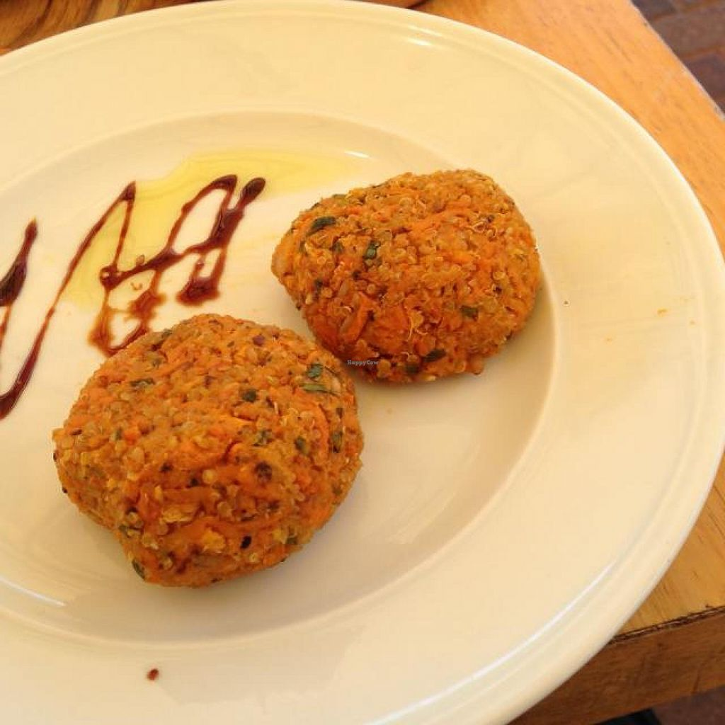 """Photo of CLOSED: Cafe Louise - Rothschild  by <a href=""""/members/profile/Brok%20O.%20Lee"""">Brok O. Lee</a> <br/>Vegan Breakfast part 2 - quinoa-yam patties <br/> April 6, 2014  - <a href='/contact/abuse/image/46361/67138'>Report</a>"""