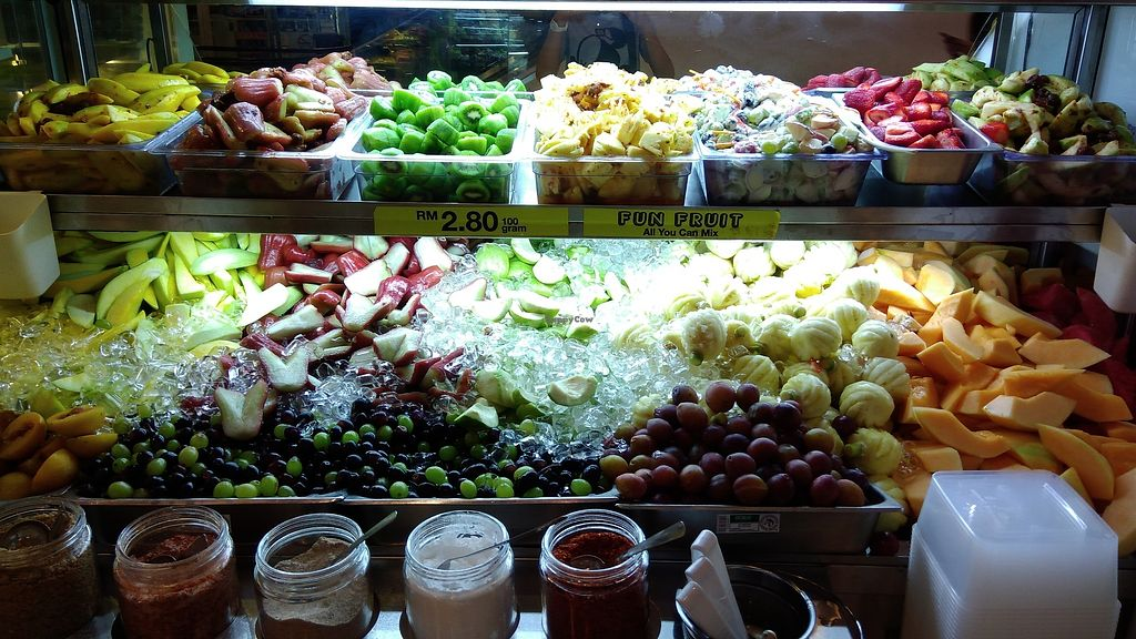 """Photo of MBG Fruit Shop - Tun Sambathan  by <a href=""""/members/profile/ChoyYuen"""">ChoyYuen</a> <br/>Fruit salad with various choices of dressings <br/> April 13, 2018  - <a href='/contact/abuse/image/46379/385073'>Report</a>"""