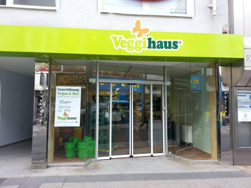 """Photo of Veggihaus  by <a href=""""/members/profile/community"""">community</a> <br/>Veggihaus <br/> April 9, 2014  - <a href='/contact/abuse/image/46429/67287'>Report</a>"""