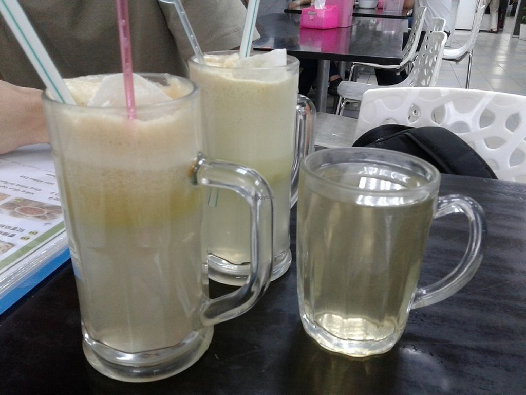 """Photo of Vege Restaurant Tong Hoe    by <a href=""""/members/profile/sfalee"""">sfalee</a> <br/>Pineapple Apple Juices & Lemongrass  & Ginger Tea <br/> June 21, 2016  - <a href='/contact/abuse/image/46478/155262'>Report</a>"""