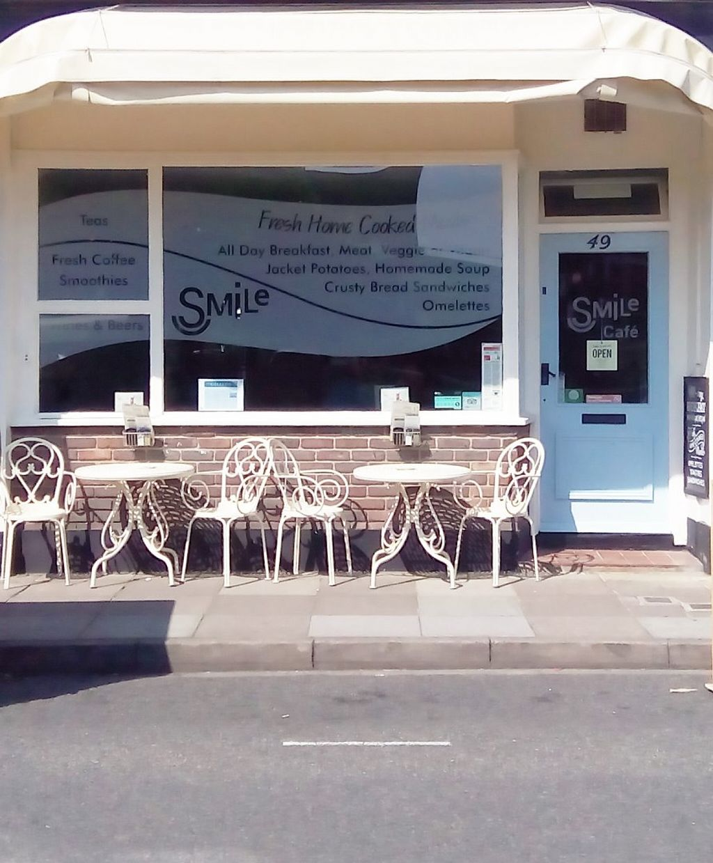 """Photo of Smile Cafe  by <a href=""""/members/profile/zcesmsk"""">zcesmsk</a> <br/>cafe <br/> May 28, 2016  - <a href='/contact/abuse/image/46493/151190'>Report</a>"""