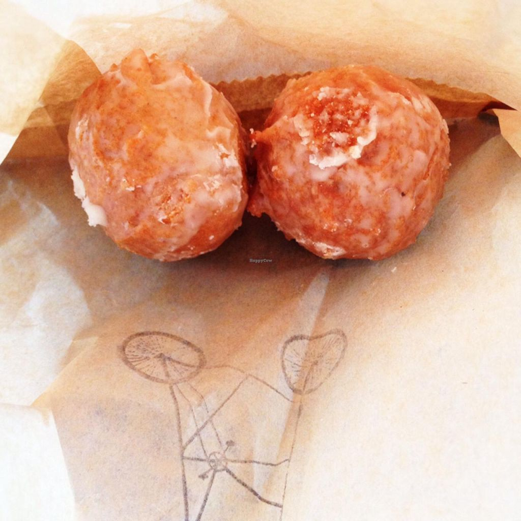 """Photo of Lamplighter - Morris St  by <a href=""""/members/profile/meredith"""">meredith</a> <br/>vegan donut holes <br/> July 23, 2015  - <a href='/contact/abuse/image/46591/110535'>Report</a>"""