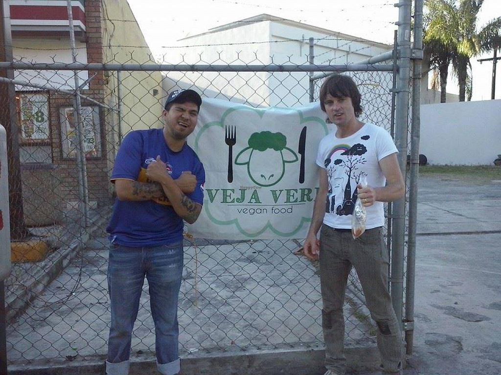 """Photo of La Oveja Verde  by <a href=""""/members/profile/salxvx"""">salxvx</a> <br/>Nick McCarthy of Franz Ferdinand fame is down with La Oveja Verde! <br/> May 5, 2014  - <a href='/contact/abuse/image/46614/69396'>Report</a>"""