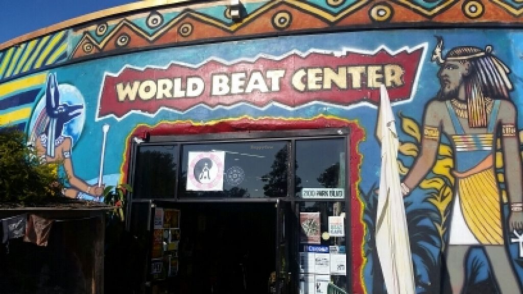 """Photo of WorldBeat Cafe  by <a href=""""/members/profile/kenvegan"""">kenvegan</a> <br/>entrance <br/> January 15, 2016  - <a href='/contact/abuse/image/46625/132488'>Report</a>"""