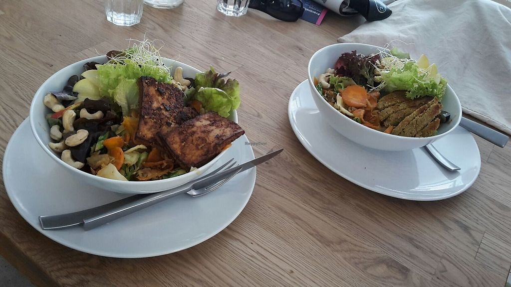 """Photo of Die Zauberei  by <a href=""""/members/profile/Mawu"""">Mawu</a> <br/>Salads. Freshly made with regional & seasonal products.  <br/> May 31, 2017  - <a href='/contact/abuse/image/46632/264498'>Report</a>"""