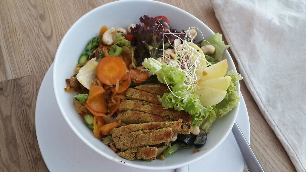 """Photo of Die Zauberei  by <a href=""""/members/profile/Mawu"""">Mawu</a> <br/>Salad with falafel and nuts.  <br/> May 31, 2017  - <a href='/contact/abuse/image/46632/264499'>Report</a>"""