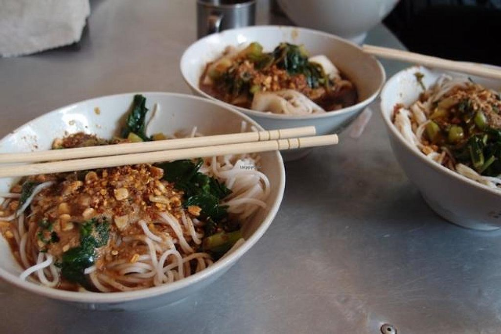 Photo of Wenjun  by Vegreg <br/>Noodles dishes are cheap, and you can easily have a couple if you're a big eater <br/> April 21, 2014  - <a href='/contact/abuse/image/46634/68139'>Report</a>