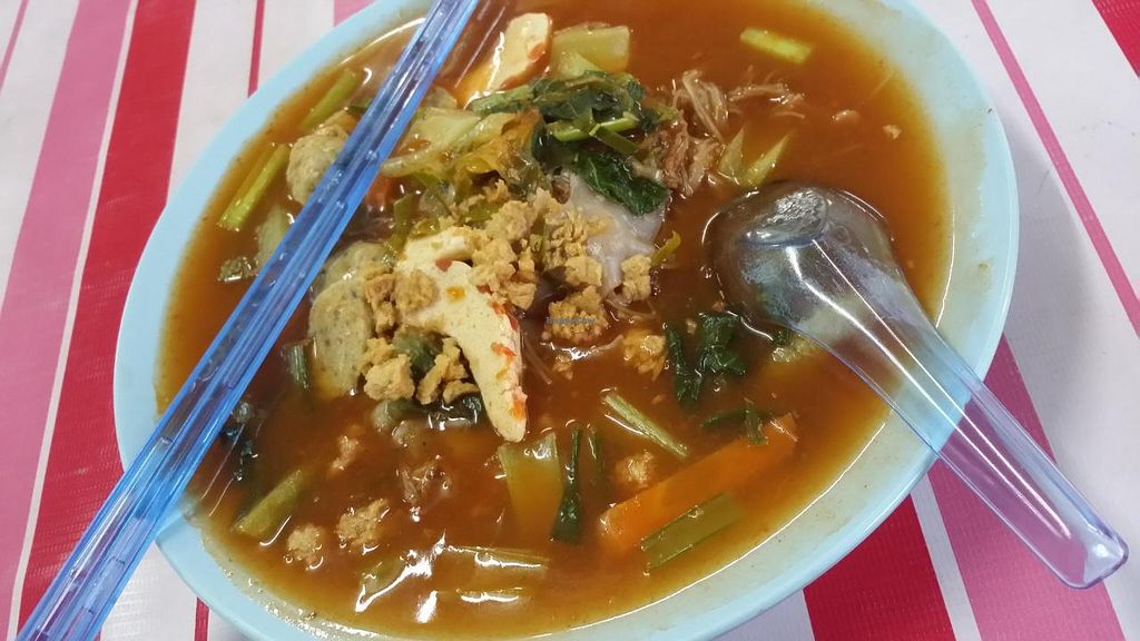 """Photo of Bu Zing Vegetarian Food  by <a href=""""/members/profile/walter007"""">walter007</a> <br/>Soup <br/> April 21, 2014  - <a href='/contact/abuse/image/46712/68243'>Report</a>"""