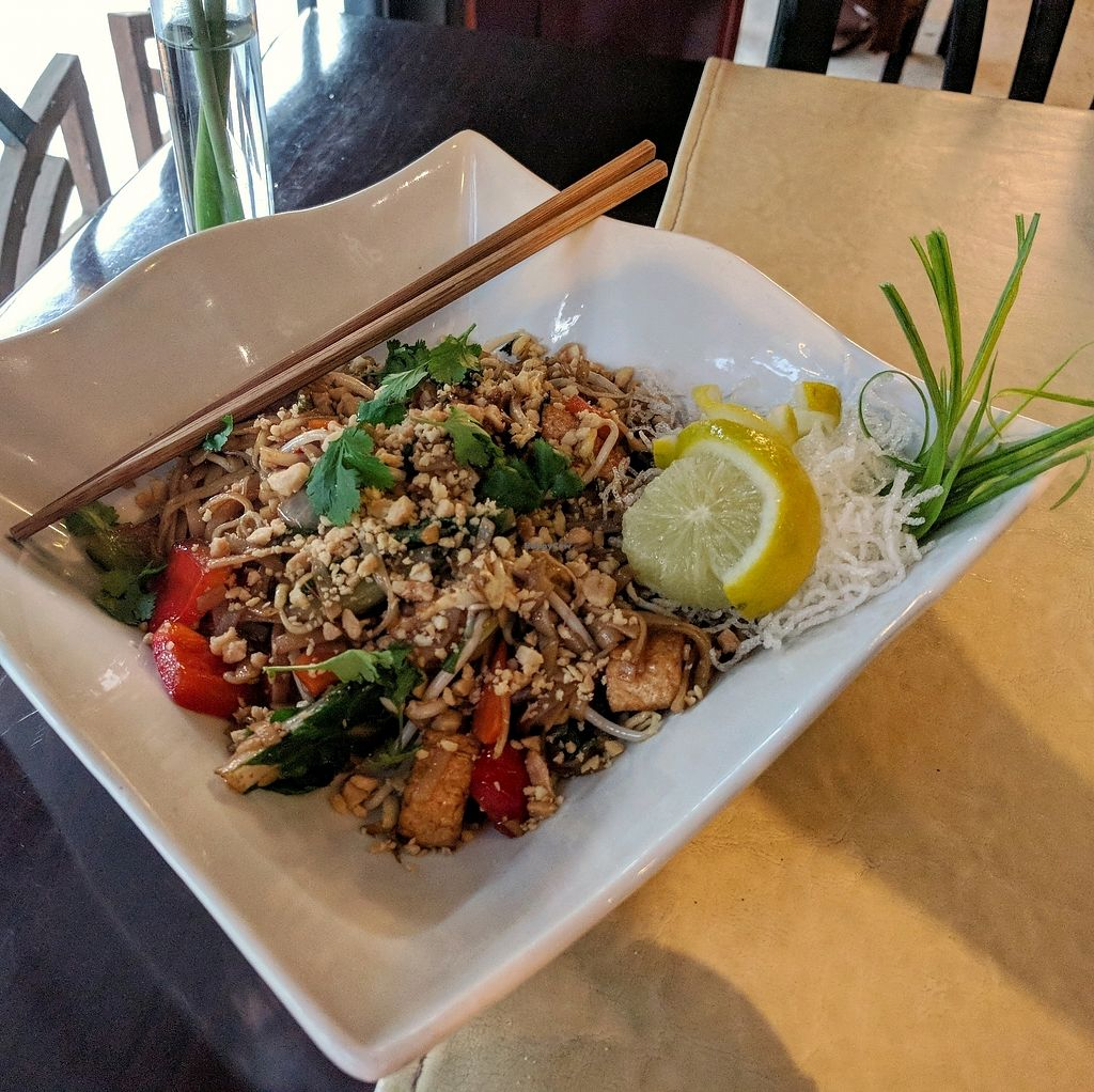 "Photo of Fusion  by <a href=""/members/profile/swissglobetrotter"">swissglobetrotter</a> <br/>Pad Thai <br/> December 29, 2017  - <a href='/contact/abuse/image/46726/340456'>Report</a>"