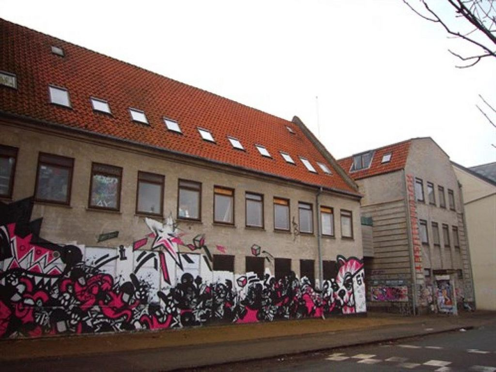 """Photo of Ungdomshuset  by <a href=""""/members/profile/community"""">community</a> <br/>Ungdomshuset <br/> May 6, 2014  - <a href='/contact/abuse/image/46735/69496'>Report</a>"""