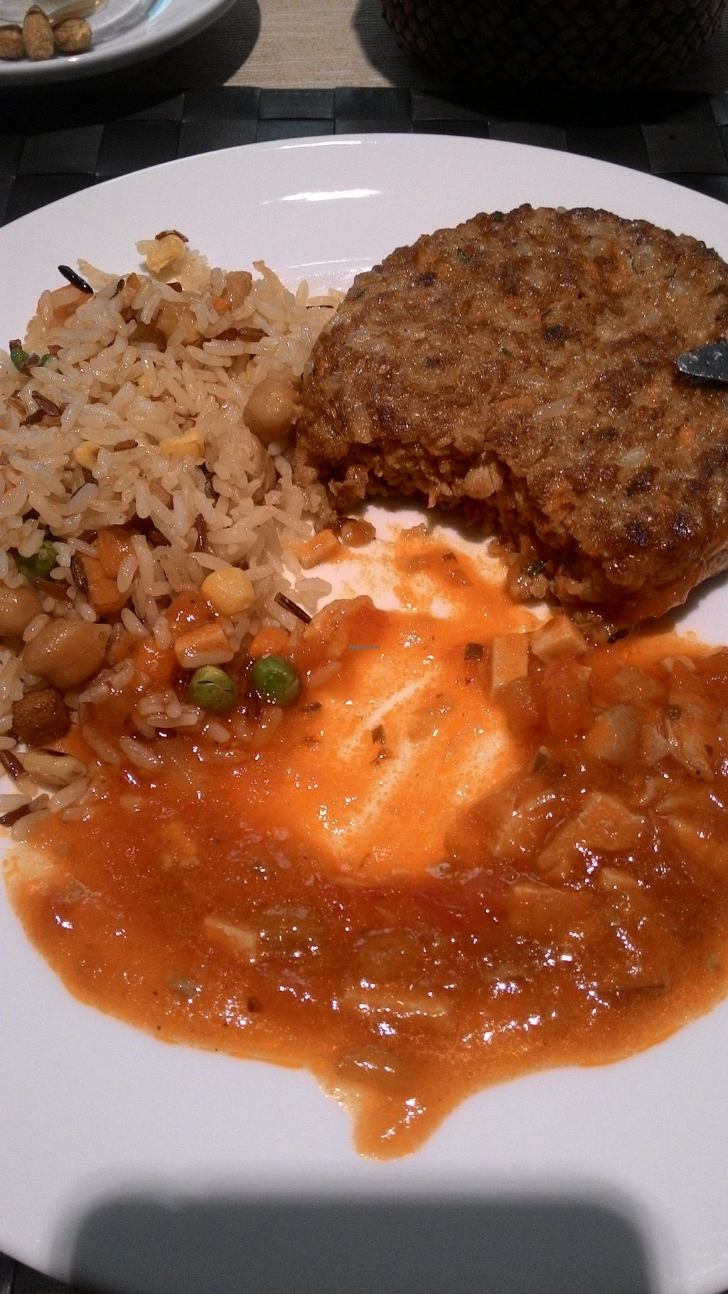 """Photo of Tast i mes Natural  by <a href=""""/members/profile/KeepCalmLoveCats"""">KeepCalmLoveCats</a> <br/>Veggie burguer (veggies and texturized soy) with tomato with soy, and rice with soy, beans and chickpeas <br/> November 3, 2015  - <a href='/contact/abuse/image/46852/123682'>Report</a>"""
