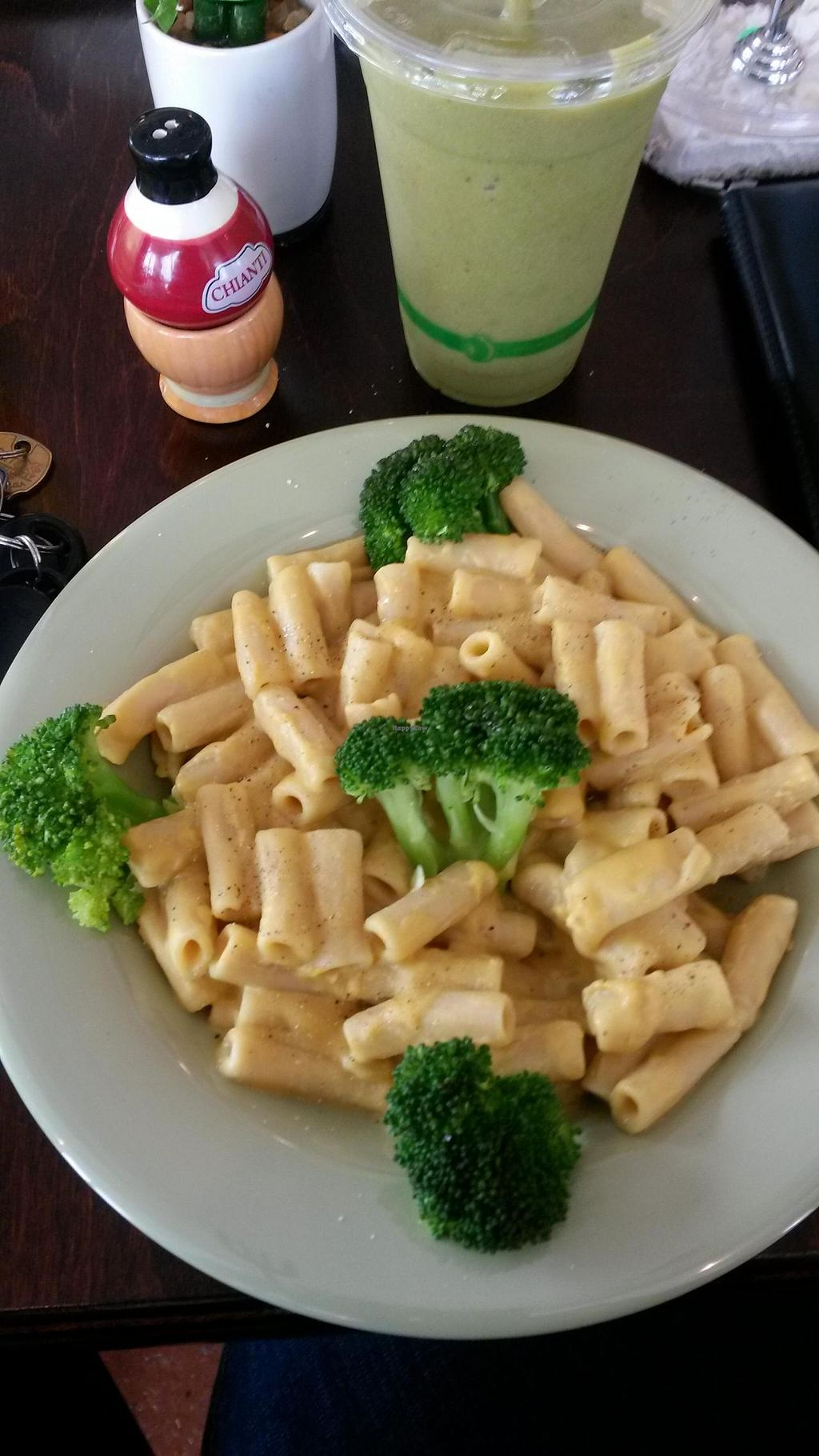 """Photo of The Clean Plate  by <a href=""""/members/profile/cdumus"""">cdumus</a> <br/>Vegan Mac n Cheese <br/> May 22, 2014  - <a href='/contact/abuse/image/46878/70491'>Report</a>"""