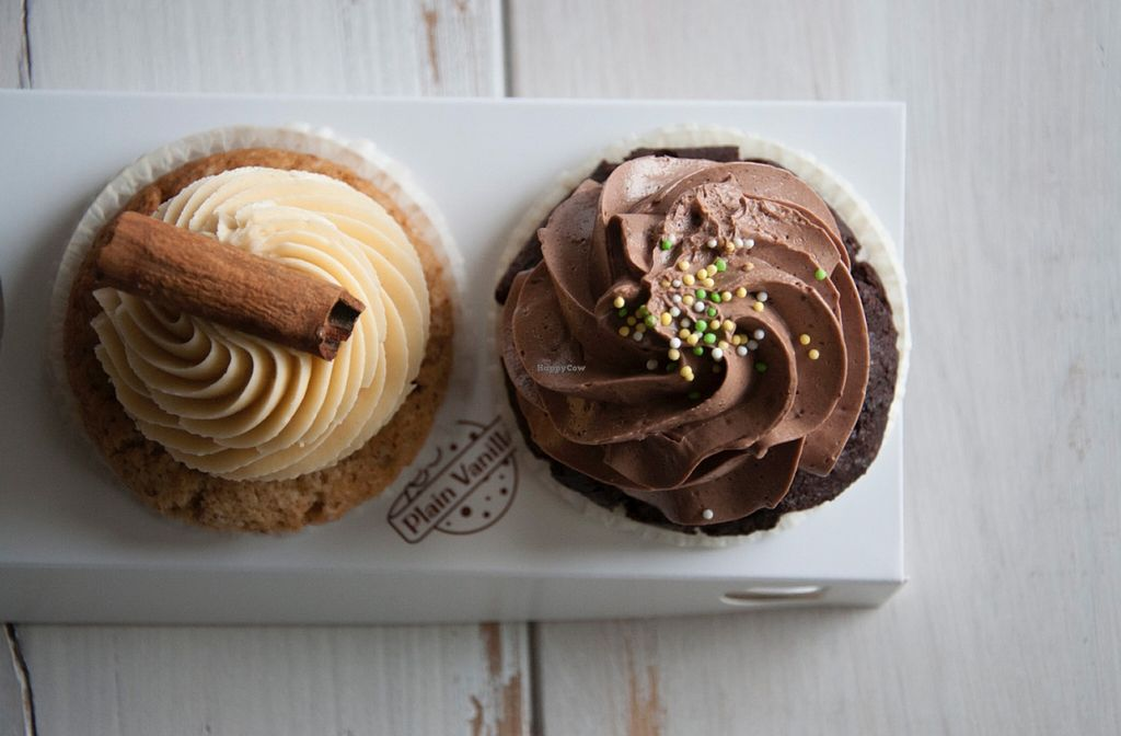 """Photo of CLOSED: Plain Vanilla Bakery and Cafe  by <a href=""""/members/profile/biancah"""">biancah</a> <br/>Vegan Cupcakes from Plain Vanilla <br/> January 17, 2016  - <a href='/contact/abuse/image/46884/132813'>Report</a>"""