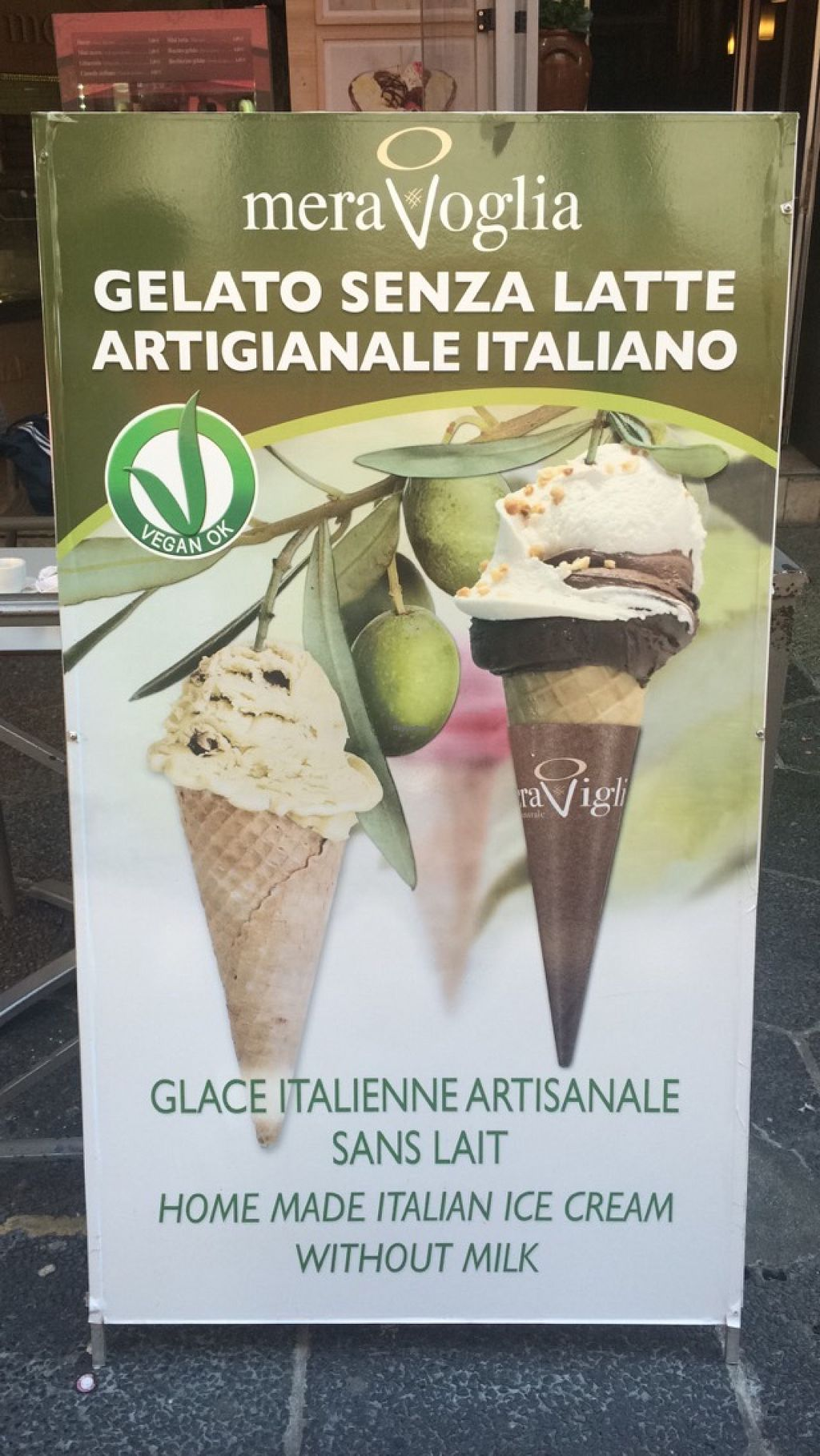 "Photo of CLOSED: Gelateria Mera Viglia  by <a href=""/members/profile/Veqing"">Veqing</a> <br/>vegan banner <br/> August 7, 2015  - <a href='/contact/abuse/image/46954/112599'>Report</a>"