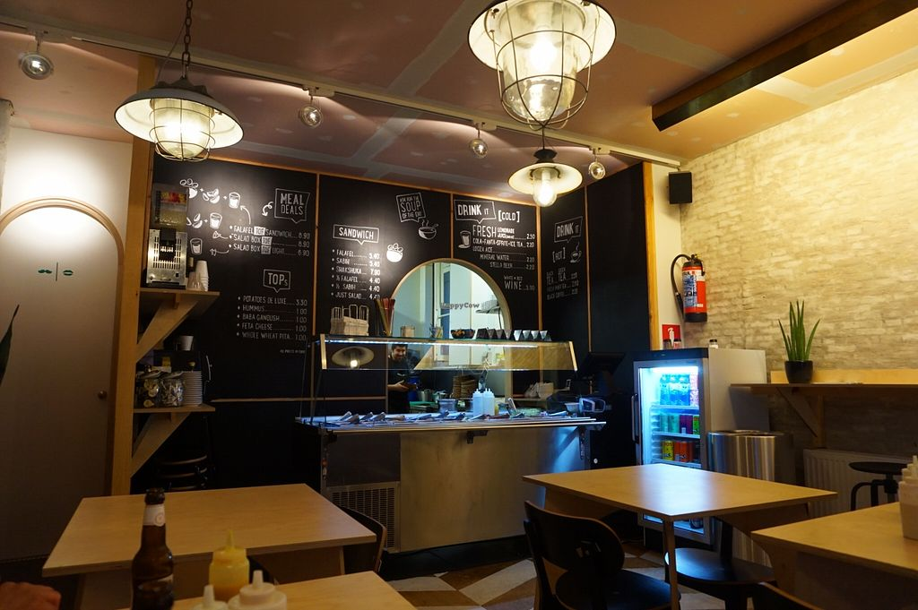 "Photo of Falafel Tof  by <a href=""/members/profile/MMaree"">MMaree</a> <br/>Cosy and modern interior of Falafel Tof <br/> January 6, 2016  - <a href='/contact/abuse/image/46997/131259'>Report</a>"