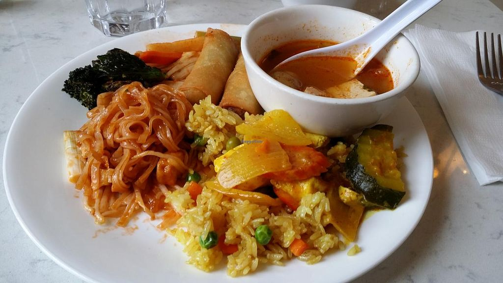"Photo of Araya's Place - Madison St  by <a href=""/members/profile/The%20Hungry%20Vegan"">The Hungry Vegan</a> <br/>Here's what I got from the buffet <br/> February 21, 2015  - <a href='/contact/abuse/image/47107/93667'>Report</a>"