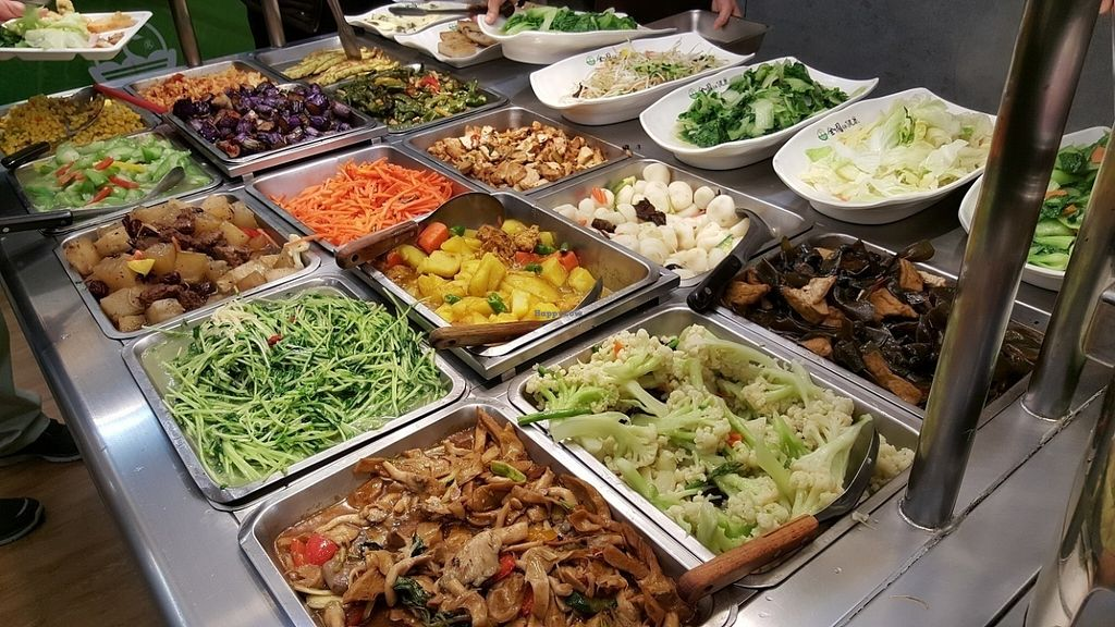 """Photo of Country Health - Tianmu  by <a href=""""/members/profile/yogiexplorer"""">yogiexplorer</a> <br/>Vegan buffet dishes <br/> July 30, 2016  - <a href='/contact/abuse/image/47139/163314'>Report</a>"""
