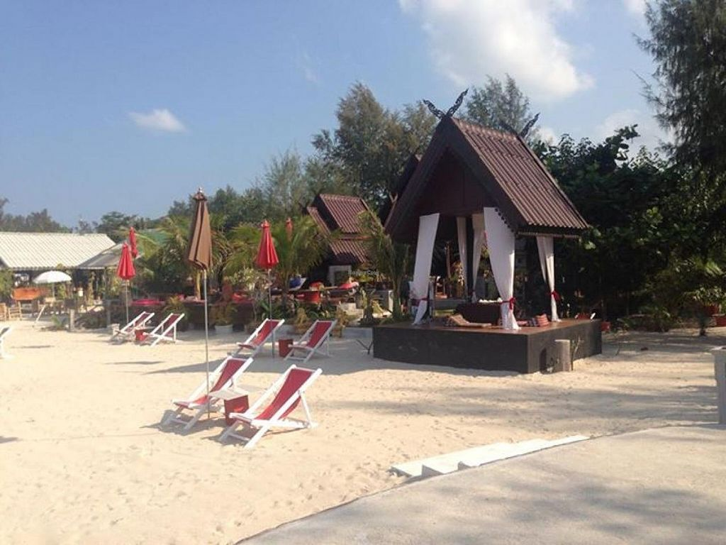"""Photo of Phangan Cove  by <a href=""""/members/profile/community"""">community</a> <br/>Phangan Cove <br/> May 5, 2014  - <a href='/contact/abuse/image/47143/69402'>Report</a>"""