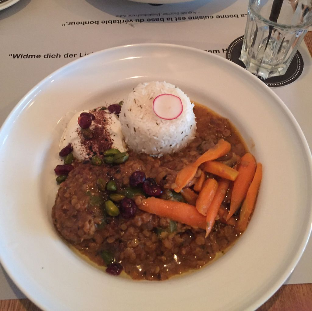 """Photo of Bonbec  by <a href=""""/members/profile/JordiL%C3%B3pezPedro"""">JordiLópezPedro</a> <br/>Rice, lentils and some veggies <br/> May 8, 2017  - <a href='/contact/abuse/image/47177/257196'>Report</a>"""