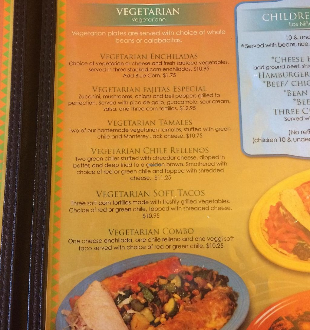 "Photo of Los Cuates  by <a href=""/members/profile/ASomerville"">ASomerville</a> <br/>The vegetarian portion of the menu. They were happy to adapt other menu items, such as the sopas, to be veg friendly as well <br/> May 20, 2015  - <a href='/contact/abuse/image/47197/209198'>Report</a>"