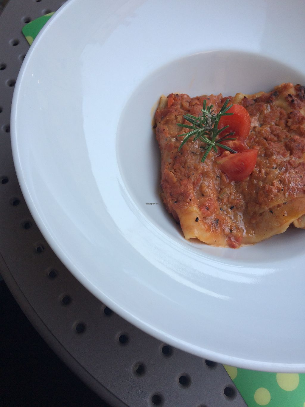 """Photo of Universo Vegano  by <a href=""""/members/profile/siderealfire"""">siderealfire</a> <br/>Vegan lasagna Tastes like real traditional Lasagne alla bolognese <br/> April 24, 2018  - <a href='/contact/abuse/image/47226/390481'>Report</a>"""