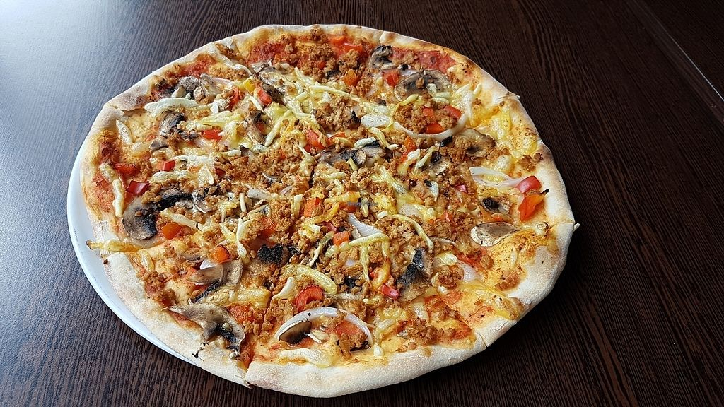 """Photo of Etna Pizzeria  by <a href=""""/members/profile/mon1que"""">mon1que</a> <br/>Pizza <br/> August 13, 2017  - <a href='/contact/abuse/image/47243/292219'>Report</a>"""