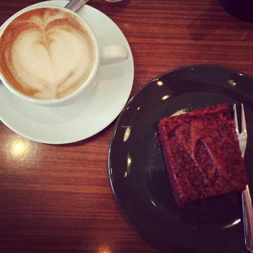 """Photo of CLOSED: Dreizehn  by <a href=""""/members/profile/Pitanguinha"""">Pitanguinha</a> <br/>cappuccino and brownie  <br/> July 19, 2014  - <a href='/contact/abuse/image/47276/74372'>Report</a>"""