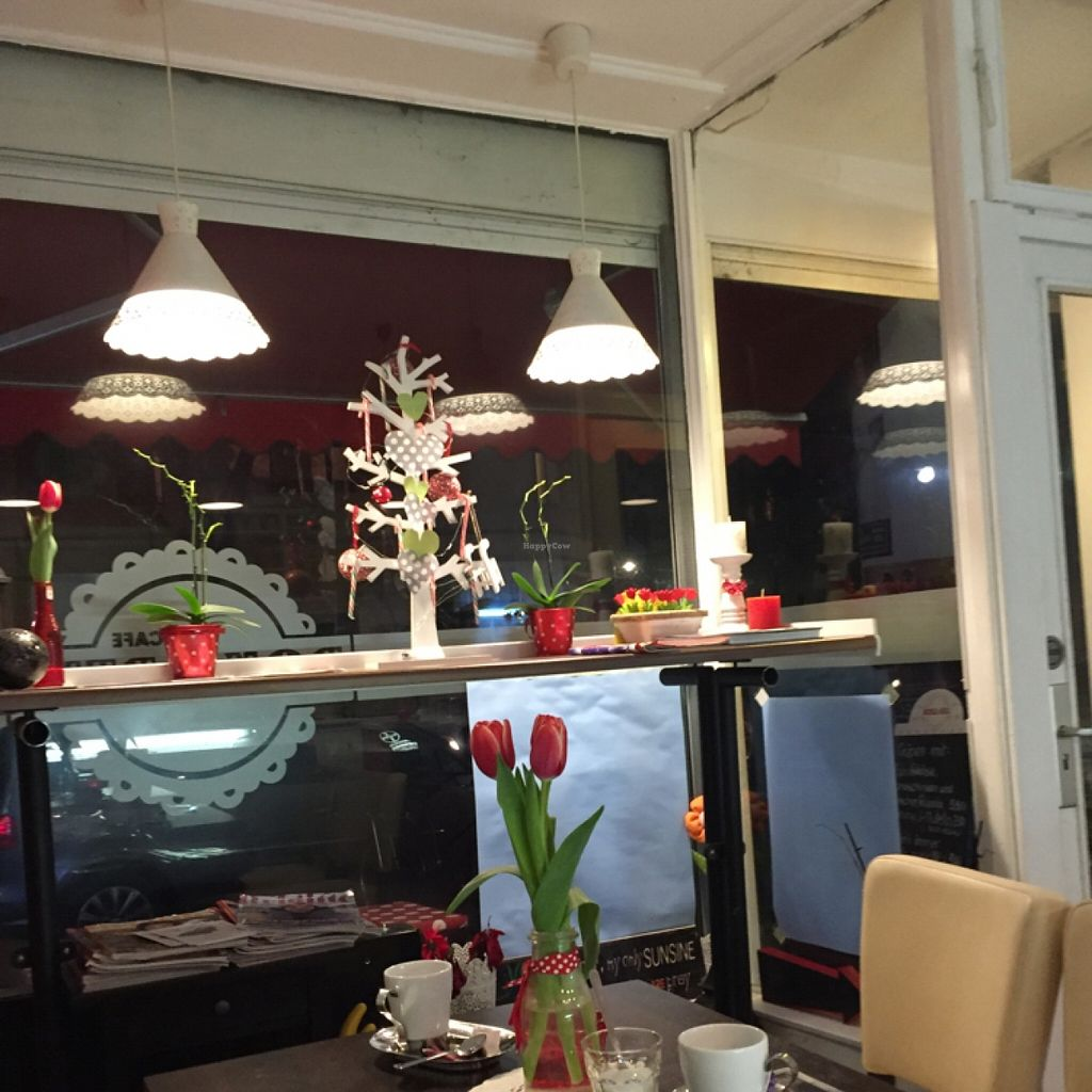 """Photo of Roka Bell Eis Cafe and Creperie  by <a href=""""/members/profile/Dakini05"""">Dakini05</a> <br/>inside2 <br/> January 12, 2016  - <a href='/contact/abuse/image/47299/132168'>Report</a>"""