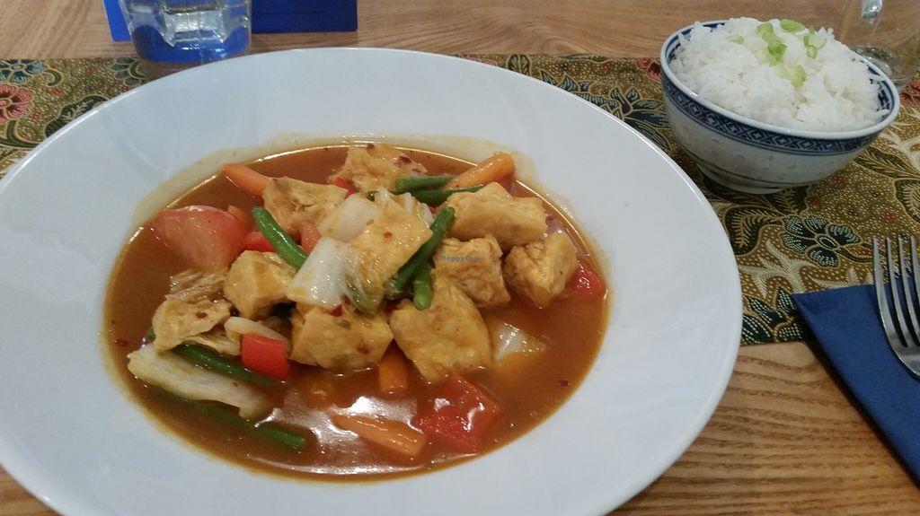"""Photo of CLOSED: Blue Ginger  by <a href=""""/members/profile/konlish"""">konlish</a> <br/>Tofu veg stir fry curry and steamed rice <br/> August 10, 2015  - <a href='/contact/abuse/image/47306/113048'>Report</a>"""