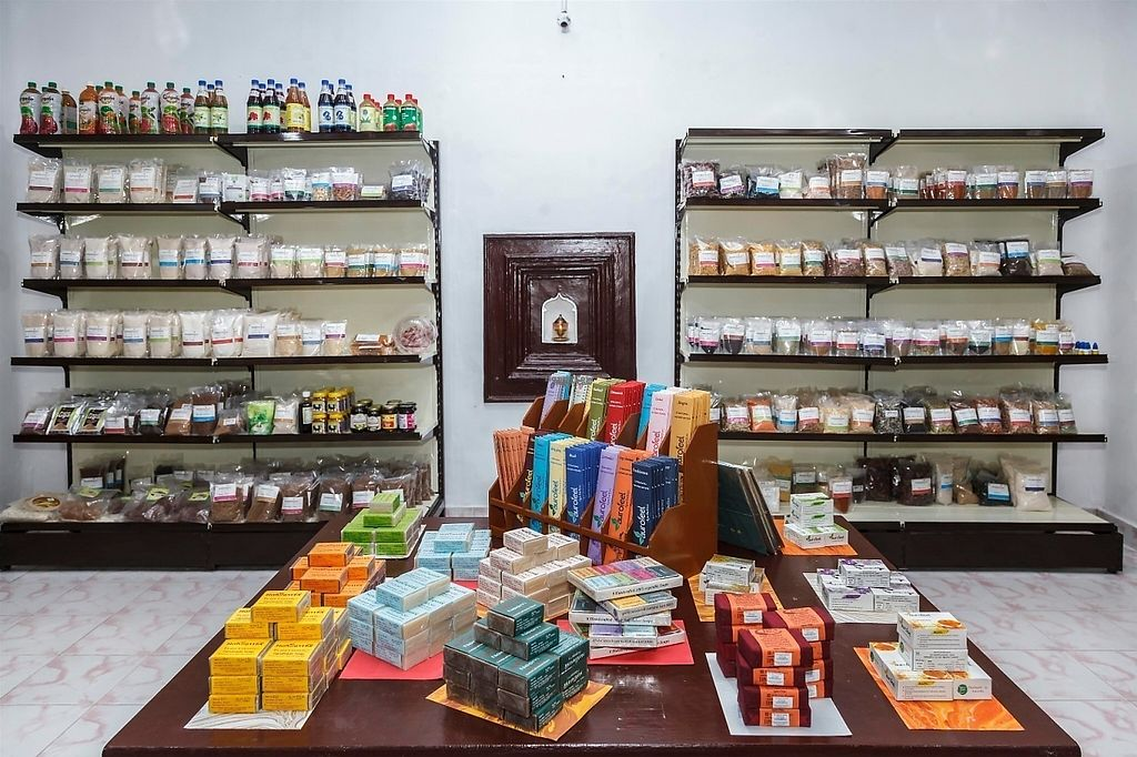 """Photo of Aaraamthinai Organic Store  by <a href=""""/members/profile/Aaraamthinai"""">Aaraamthinai</a> <br/>organic millets, Traditional  Rices, pulses, wooden cold pressed Edible oils, Honey, Ghee, Sevai, Tea,baby foods, Herbal products dall , flours, Heath products, Herbal cosmetics , Handmade soap, herbal oils, fruit and herbal juices, seeds and nuts , pickles and jam , all home and healthy needs is available <br/> March 8, 2017  - <a href='/contact/abuse/image/47365/234130'>Report</a>"""