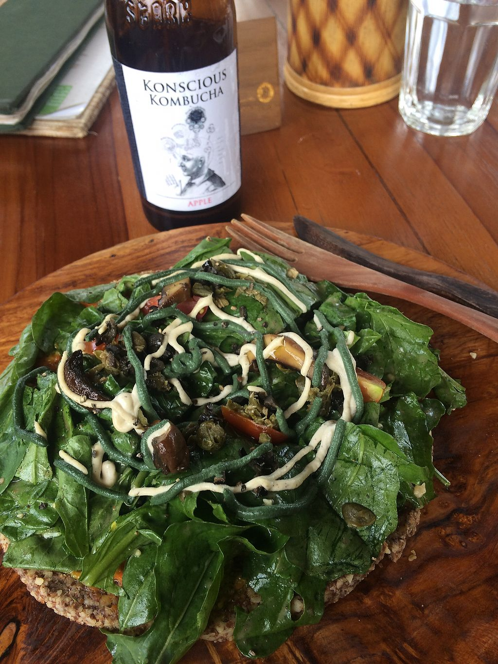 """Photo of The Seeds of Life  by <a href=""""/members/profile/analusilveira"""">analusilveira</a> <br/>Vegan pizza and kombucha <br/> October 6, 2017  - <a href='/contact/abuse/image/47407/312187'>Report</a>"""