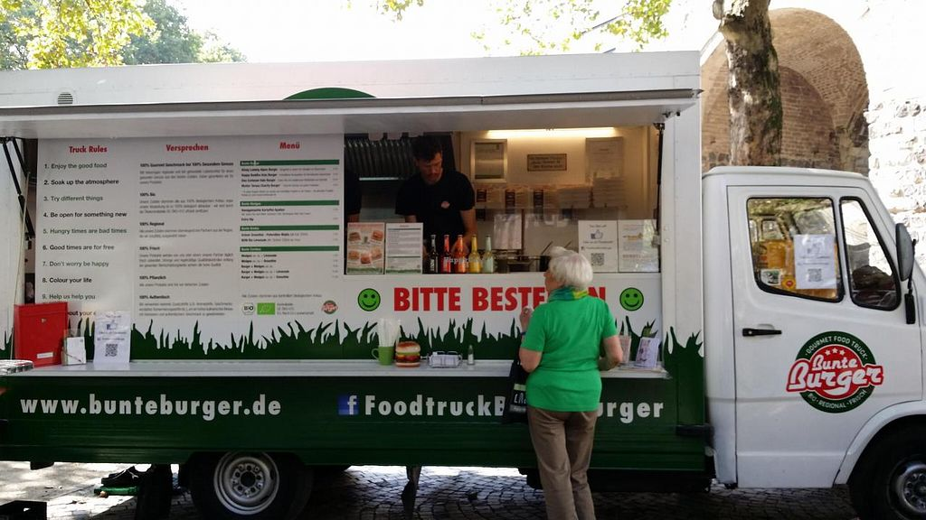 """Photo of Bunte Burger  by <a href=""""/members/profile/Jeane"""">Jeane</a> <br/> September 18, 2014  - <a href='/contact/abuse/image/47443/80277'>Report</a>"""