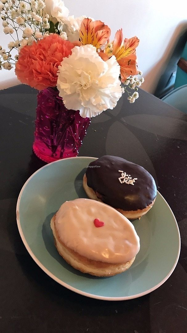 """Photo of Glam Doll Donuts  by <a href=""""/members/profile/Banana%20Buzzbomb"""">Banana Buzzbomb</a> <br/>Vegan Donuts <br/> June 12, 2017  - <a href='/contact/abuse/image/47467/268519'>Report</a>"""