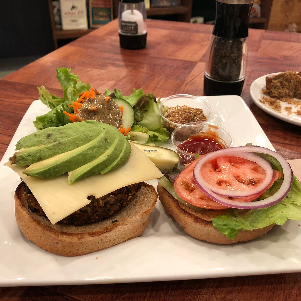 "Photo of Under the Bodhi Tree  by <a href=""/members/profile/ashwinn"">ashwinn</a> <br/>Veggie burger  <br/> March 23, 2018  - <a href='/contact/abuse/image/47508/374748'>Report</a>"
