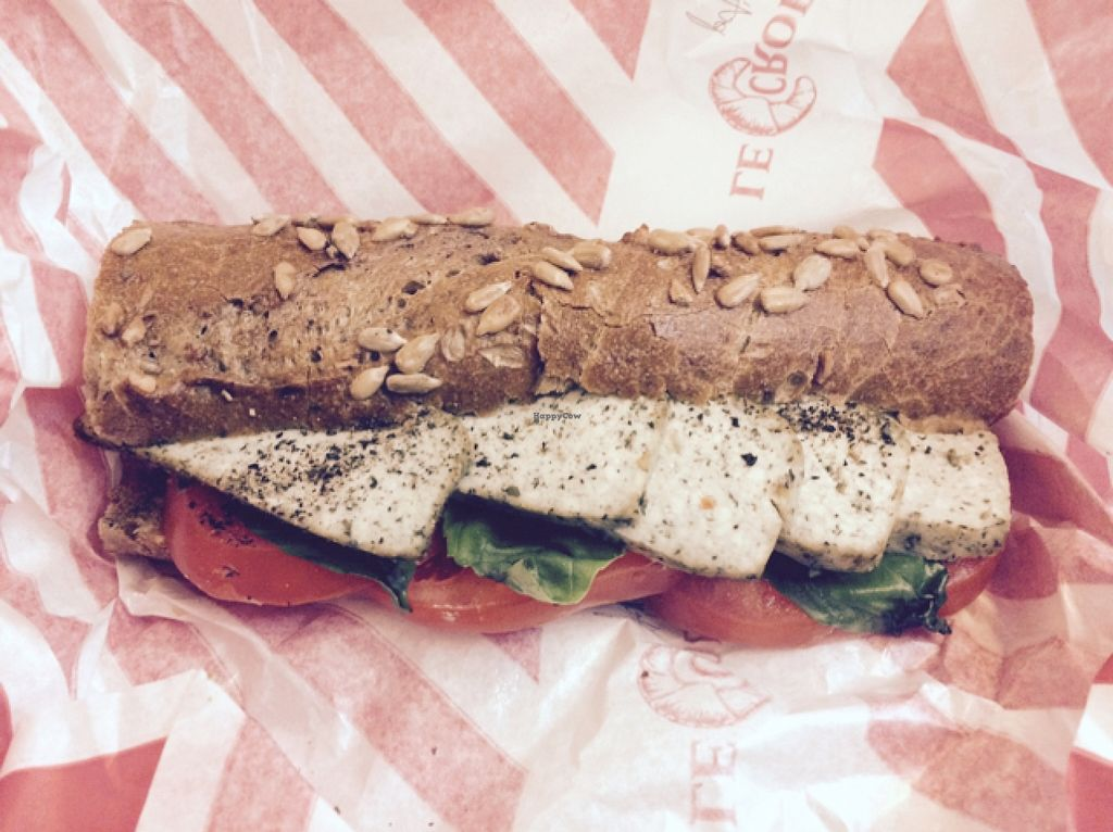 "Photo of Le Crobag  by <a href=""/members/profile/annabazoo"">annabazoo</a> <br/>tofu, tomato, basil sammich <br/> December 21, 2015  - <a href='/contact/abuse/image/47541/129360'>Report</a>"