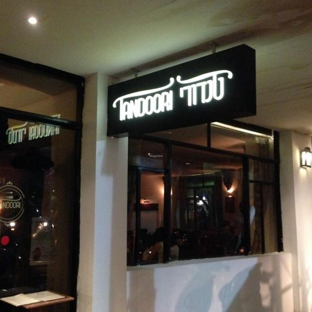 """Photo of Tandoori  by <a href=""""/members/profile/Brok%20O.%20Lee"""">Brok O. Lee</a> <br/>Outside <br/> June 19, 2014  - <a href='/contact/abuse/image/47756/72327'>Report</a>"""