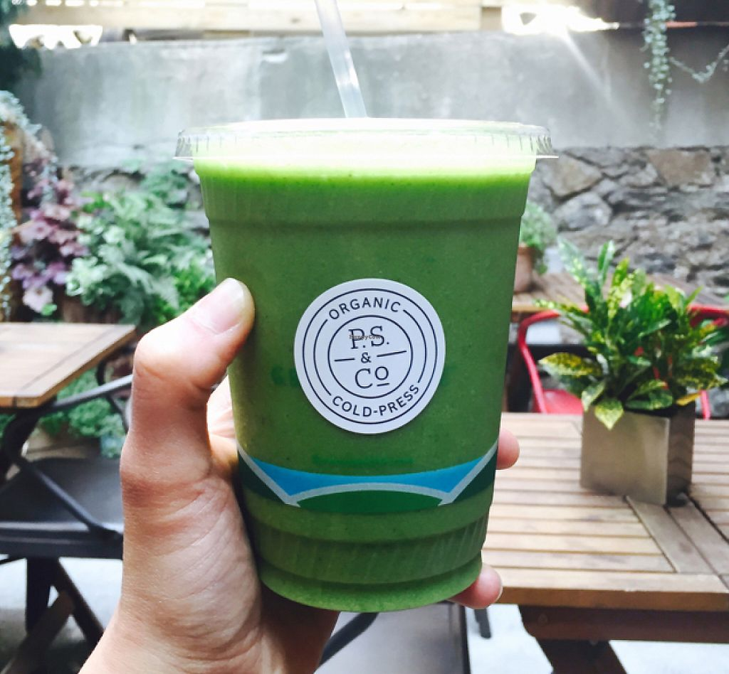"""Photo of P.S. and Co.  by <a href=""""/members/profile/MelHeinrich"""">MelHeinrich</a> <br/>greens smoothie  <br/> May 29, 2016  - <a href='/contact/abuse/image/47767/223418'>Report</a>"""