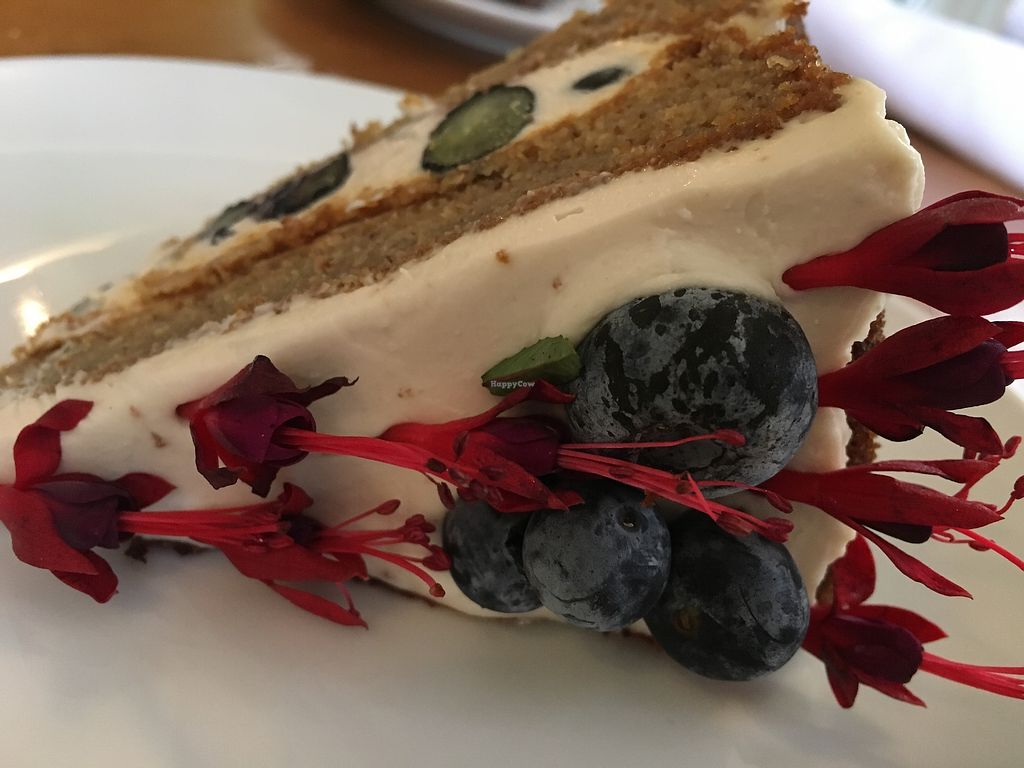 """Photo of P.S. and Co.  by <a href=""""/members/profile/cookiem"""">cookiem</a> <br/>Berries and cream cake <br/> June 20, 2017  - <a href='/contact/abuse/image/47767/271529'>Report</a>"""