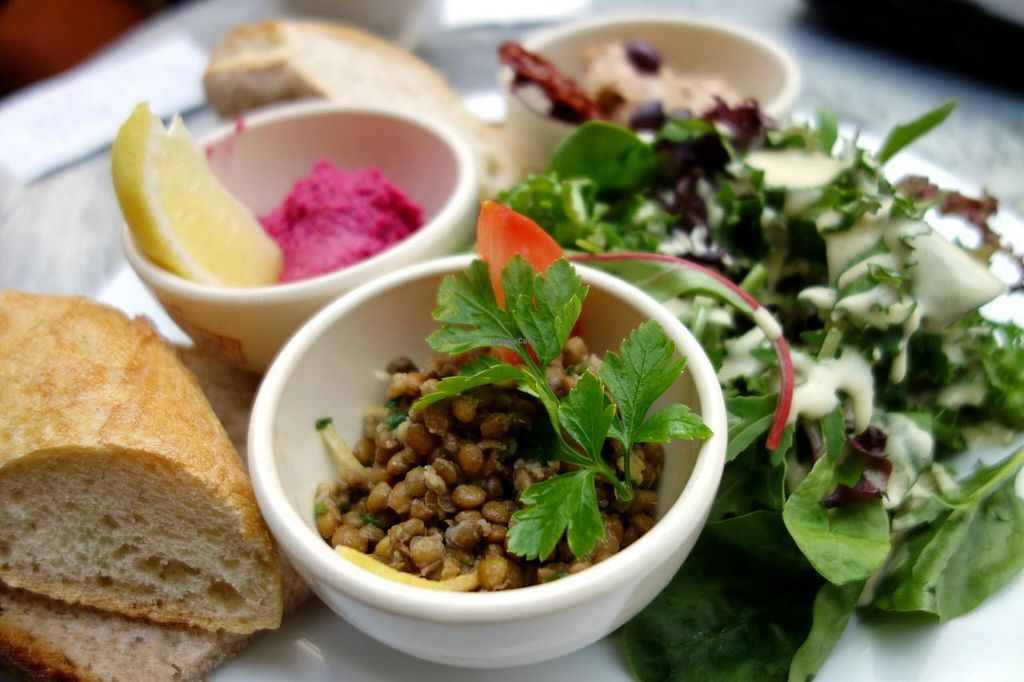 """Photo of Le Pain Quotidien -  Galerie de la Reine  by <a href=""""/members/profile/Gudrun"""">Gudrun</a> <br/>Unfortunately the sauce in this 'vegan' dish contained egg...  <br/> June 1, 2014  - <a href='/contact/abuse/image/47778/71238'>Report</a>"""