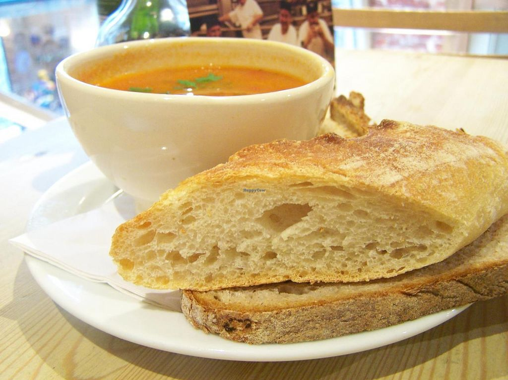 """Photo of Le Pain Quotidien -  Galerie de la Reine  by <a href=""""/members/profile/Amy1274"""">Amy1274</a> <br/>Small soup <br/> October 18, 2014  - <a href='/contact/abuse/image/47778/83276'>Report</a>"""