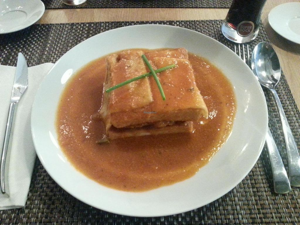 "Photo of Cultura Dos Sabores  by <a href=""/members/profile/mbbl"">mbbl</a> <br/>Vegan Francesinha <br/> June 22, 2014  - <a href='/contact/abuse/image/47818/72498'>Report</a>"