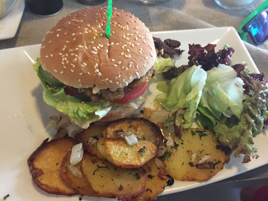 """Photo of CLOSED: Selly's Vegan Bar  by <a href=""""/members/profile/RedbUlrich"""">RedbUlrich</a> <br/>Selly's Burger <br/> August 13, 2015  - <a href='/contact/abuse/image/47834/113504'>Report</a>"""