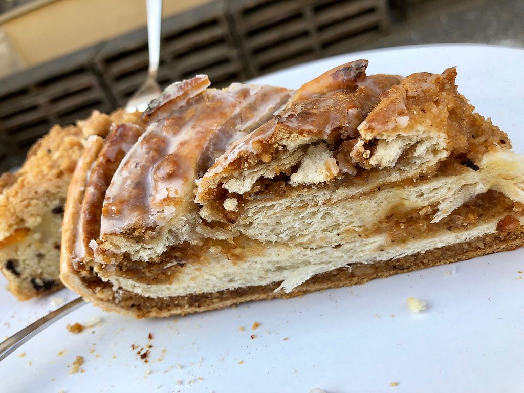 """Photo of Moehren Milieu Eco Cafe  by <a href=""""/members/profile/marky_mark"""">marky_mark</a> <br/>plaited loaf (nuts) <br/> March 24, 2018  - <a href='/contact/abuse/image/47873/375366'>Report</a>"""
